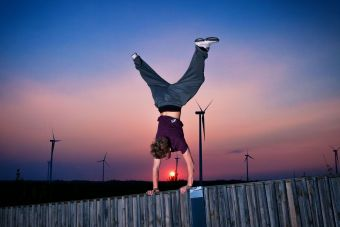 Alex Handstand #2